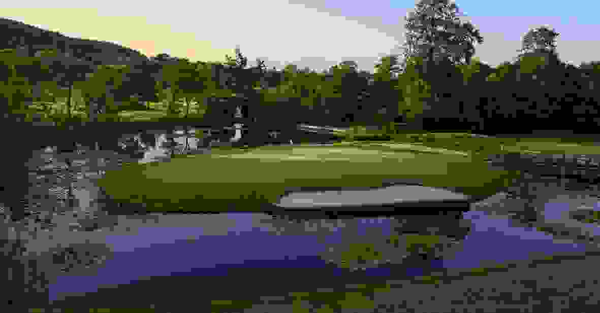 Vale Resort Lake Course - Island Hole