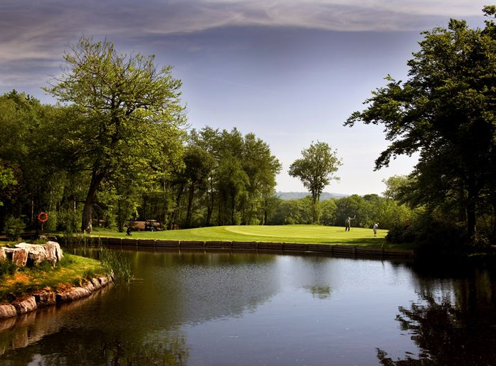 Golfers on Wales National Course hole 6 - Vale Resort